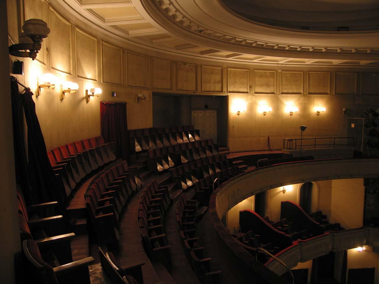 У театрі Заньковецької покажуть виставу про романтичне знайомство у поїзді
